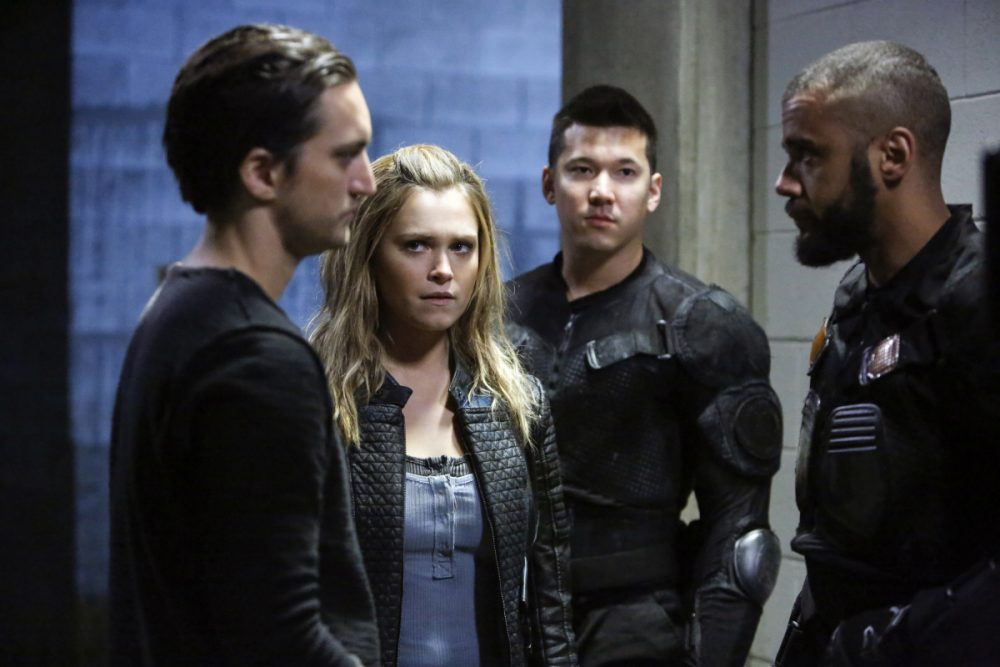 The-100-4x11-9[1]