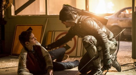 Review Arrow: We Fall