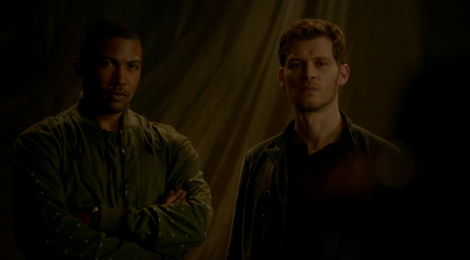 Review The Originals: Between the Devil and the Deep Blue Sea