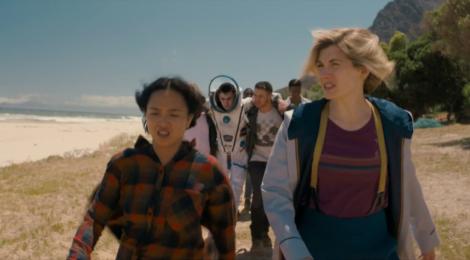 Review Doctor Who: Praxeus