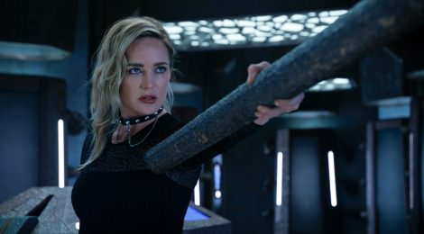 Review Legends of Tomorrow:  Ground Control to Sara Lance y Meat: The Legends